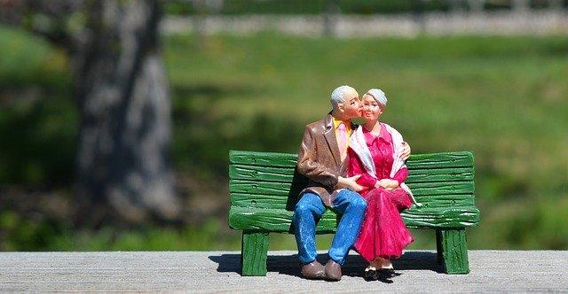 百歲人瑞們 : 9個幸福快樂的生活秘訣